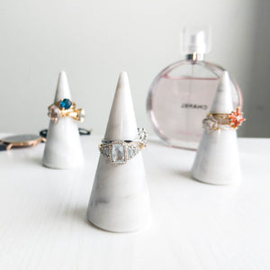 craft monkees - ring holder cone - genuine white marble