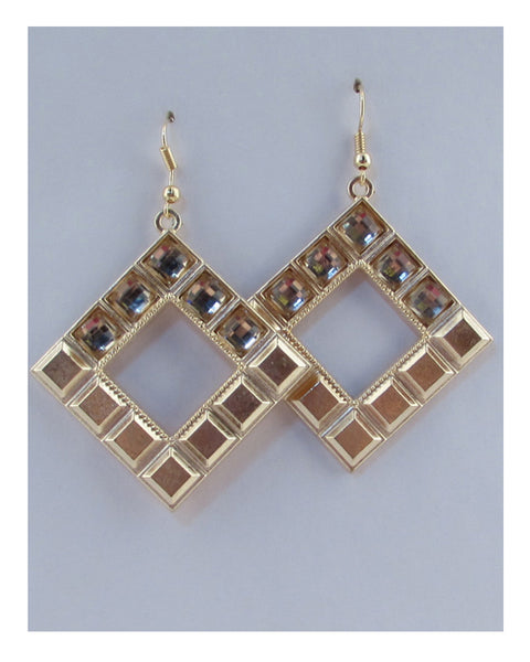 Drop rhombus earring