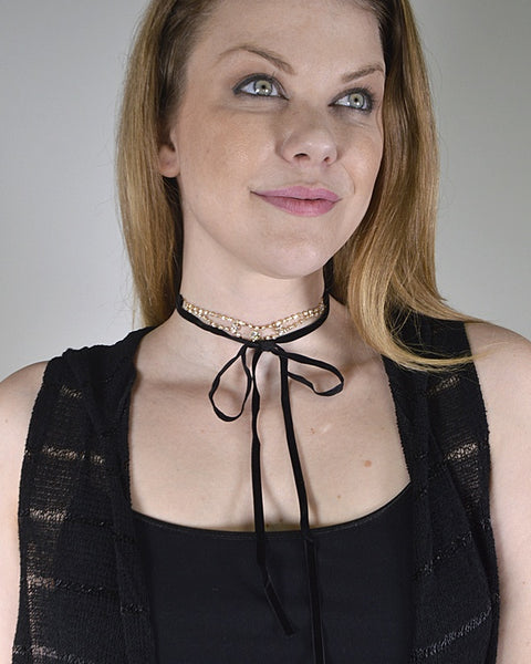 Layered Rhinestone Studded Pendant and Tie Up Pattern Choker Necklace