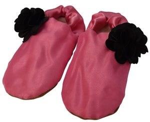 Baby shoes_Onion Pink Tissue with Black Flower Booties