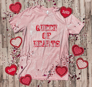 Queen Of Hearts (Pink Distressed)