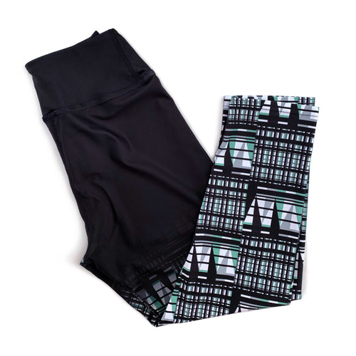 digitalKENTE® Capri Yoga Pant
