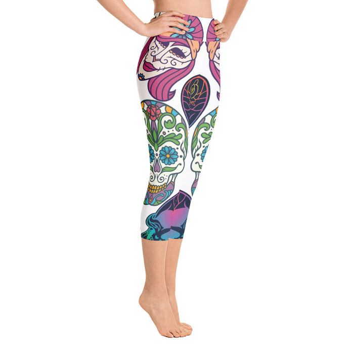 Cute Sugar Skull Yoga Capri Leggings - Dia da Los Muertos capri Leggings