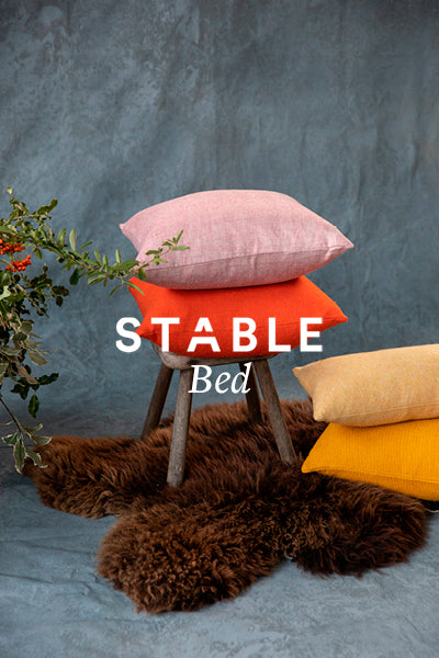 Stable bed