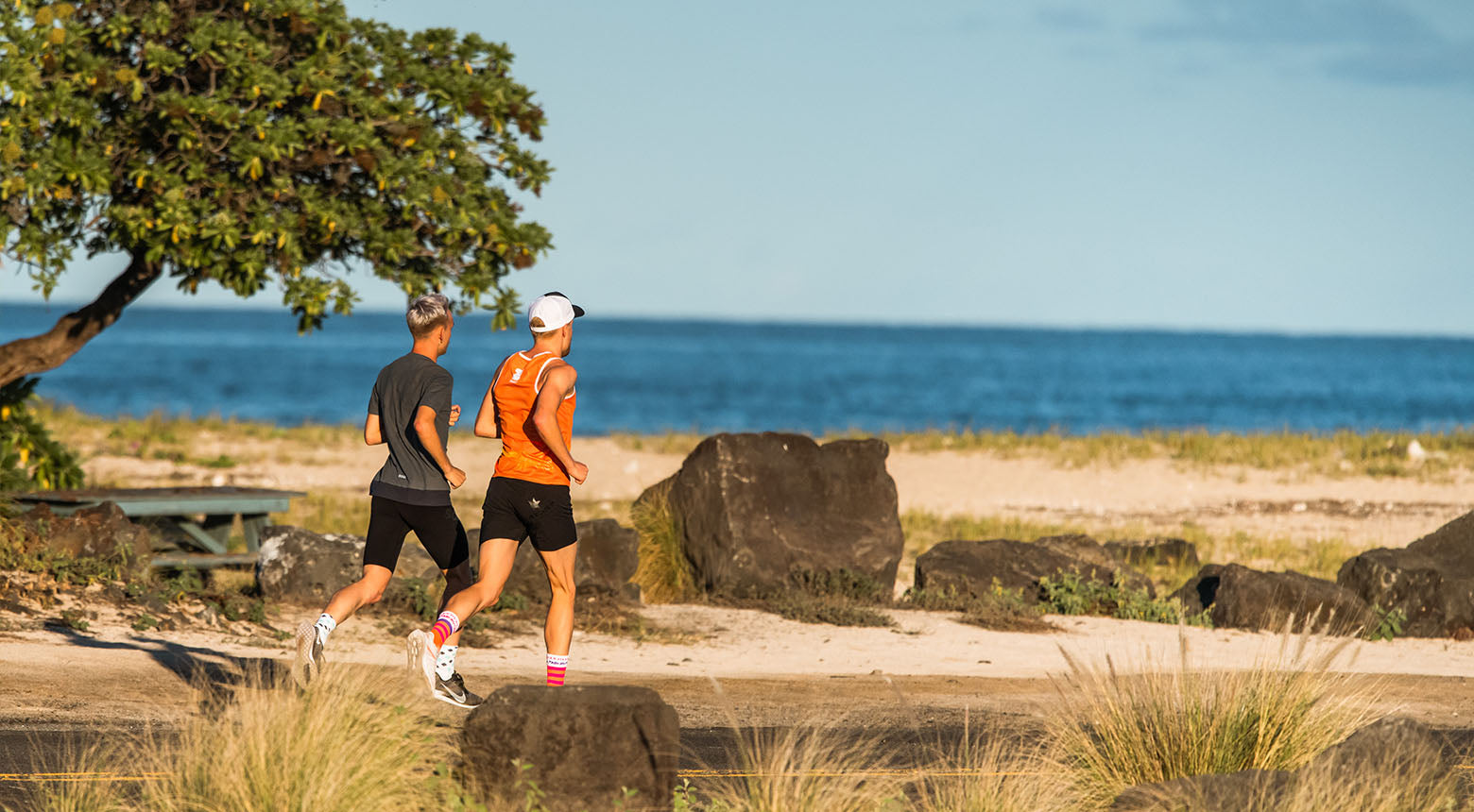 ironman age grouper philipp herber und josh lunn auf hawaii in incylence socken