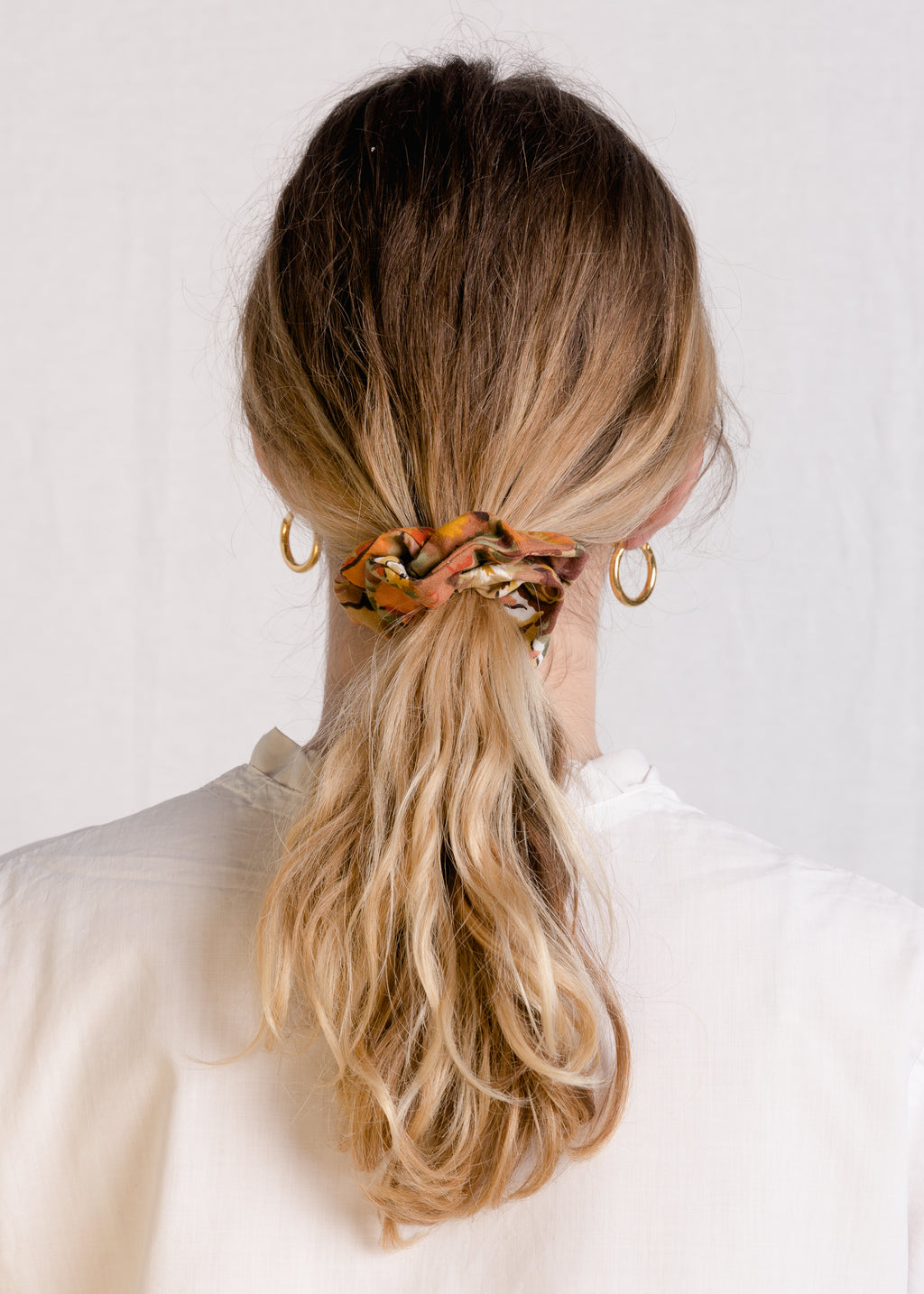 Jessie : Cottage garden cotton scrunchie