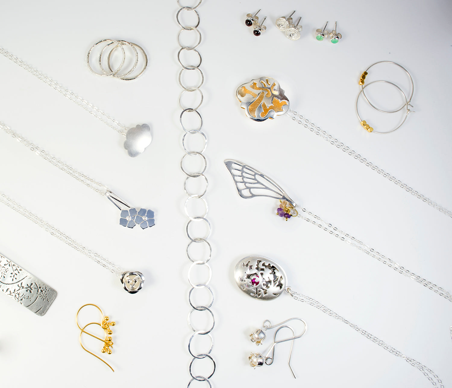 Australian designer jewellery in gold, silver and gemstones.