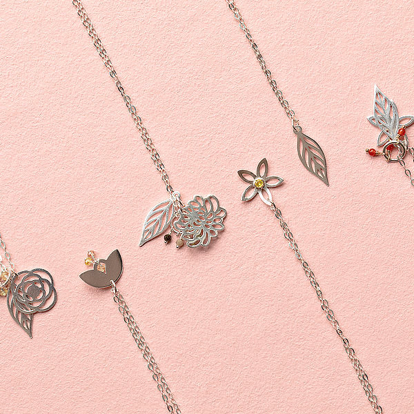 Layering necklaces in sterling silver and gold: perfect for mixing and matching.