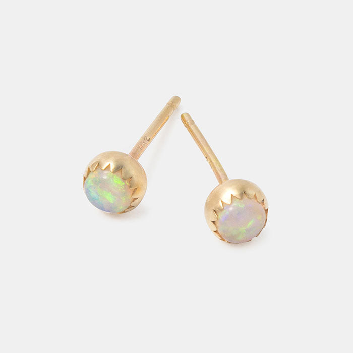 Opal earrings: solid gold stud earrings with opal gemstones in our Australian jewellery online store.