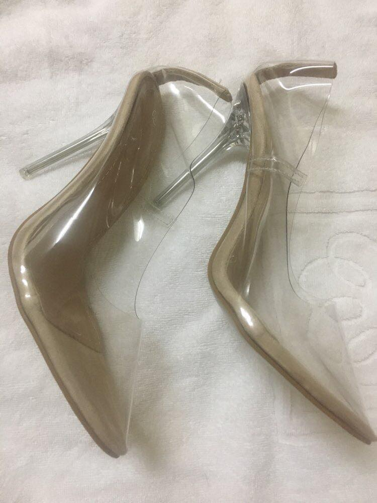 Glass slipper pumps