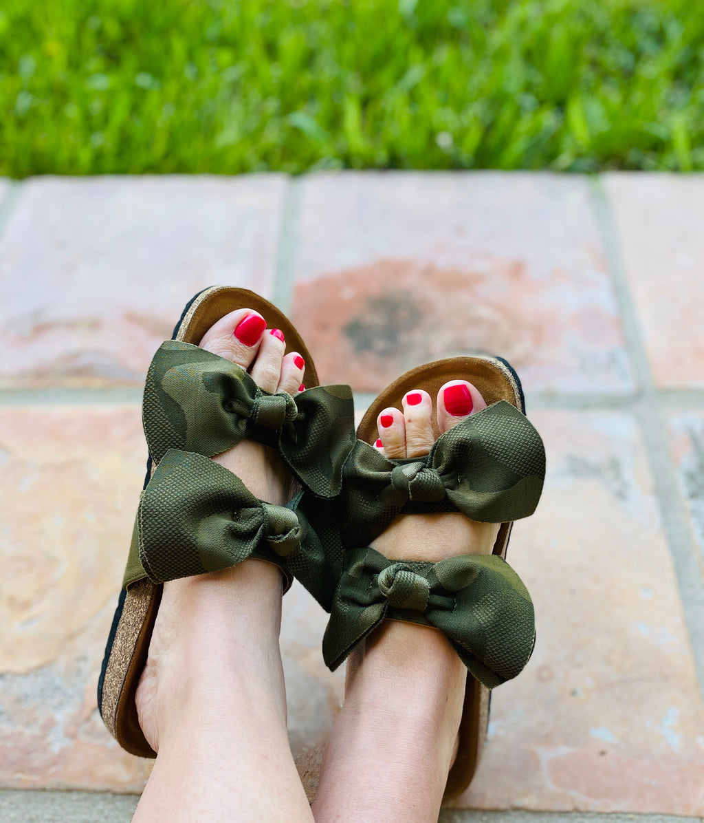 Boardwalk Camo Sandals