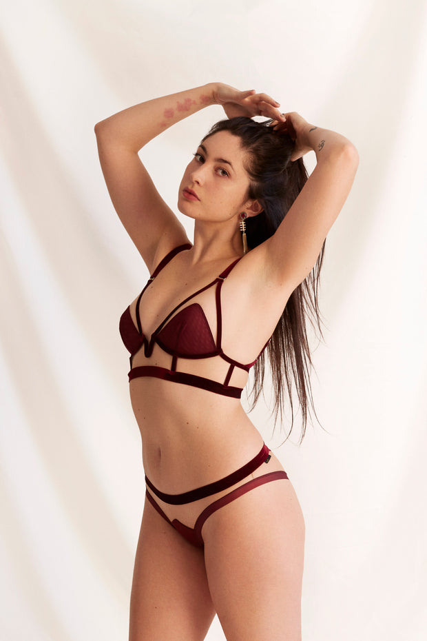 For sexy // Against sexism longline bra