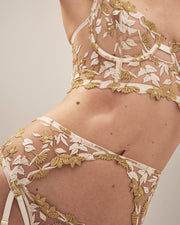 Studio Pia soraya white and gold lace