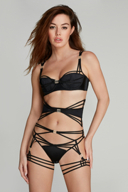 Agent Provocateur Cherilyn Waspie