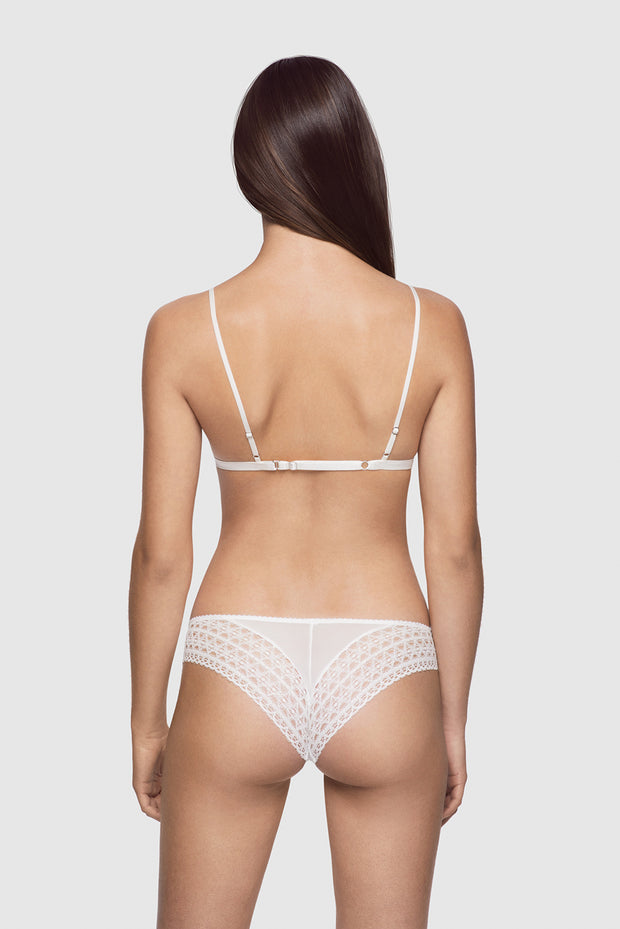 Macrame brief