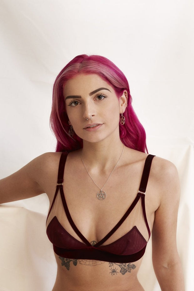 For sexy // Against sexism bralette