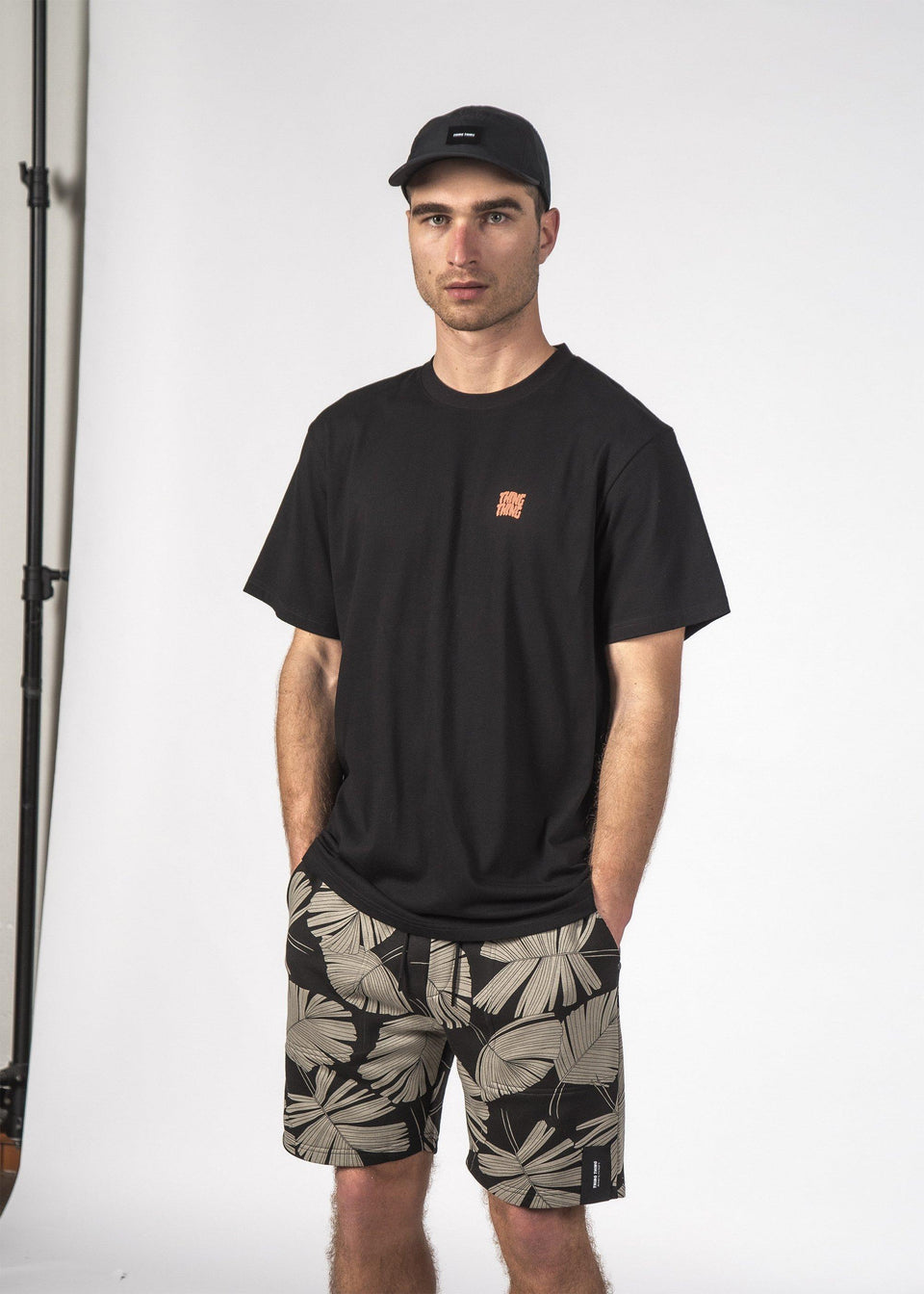 Stagger SS Tee Black - Saint Street