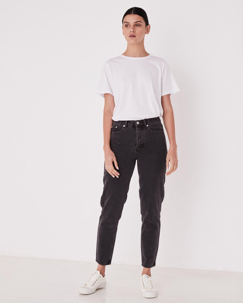High Waist Rigid Jean Faded Black - Saint Street