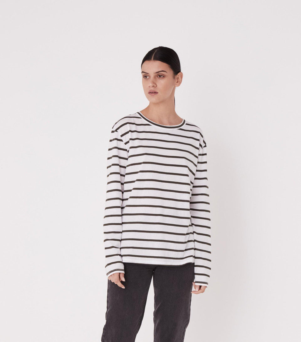 Bay L/S Tee Worn Navy Stripe - Saint Street