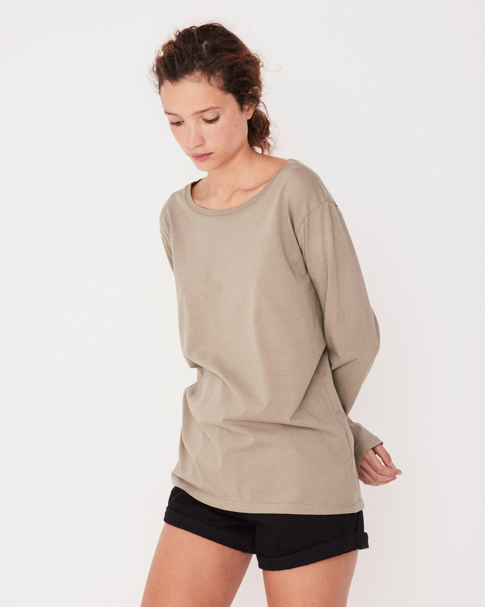 Pigment Dye Bay Long Sleeve Tee Seagrass - Saint Street