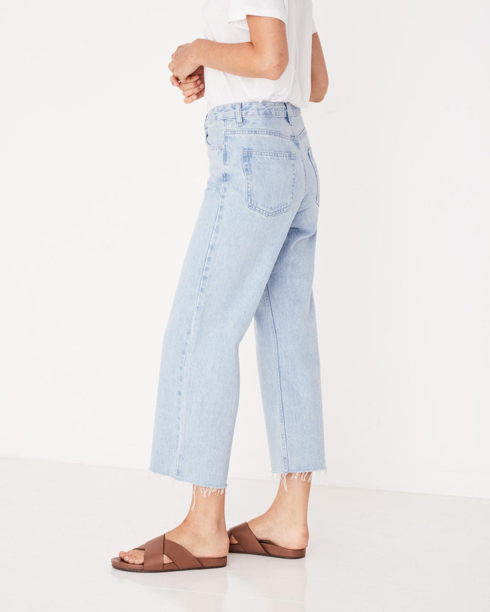 High Waist Flare Jean Pacific Blue - Saint Street