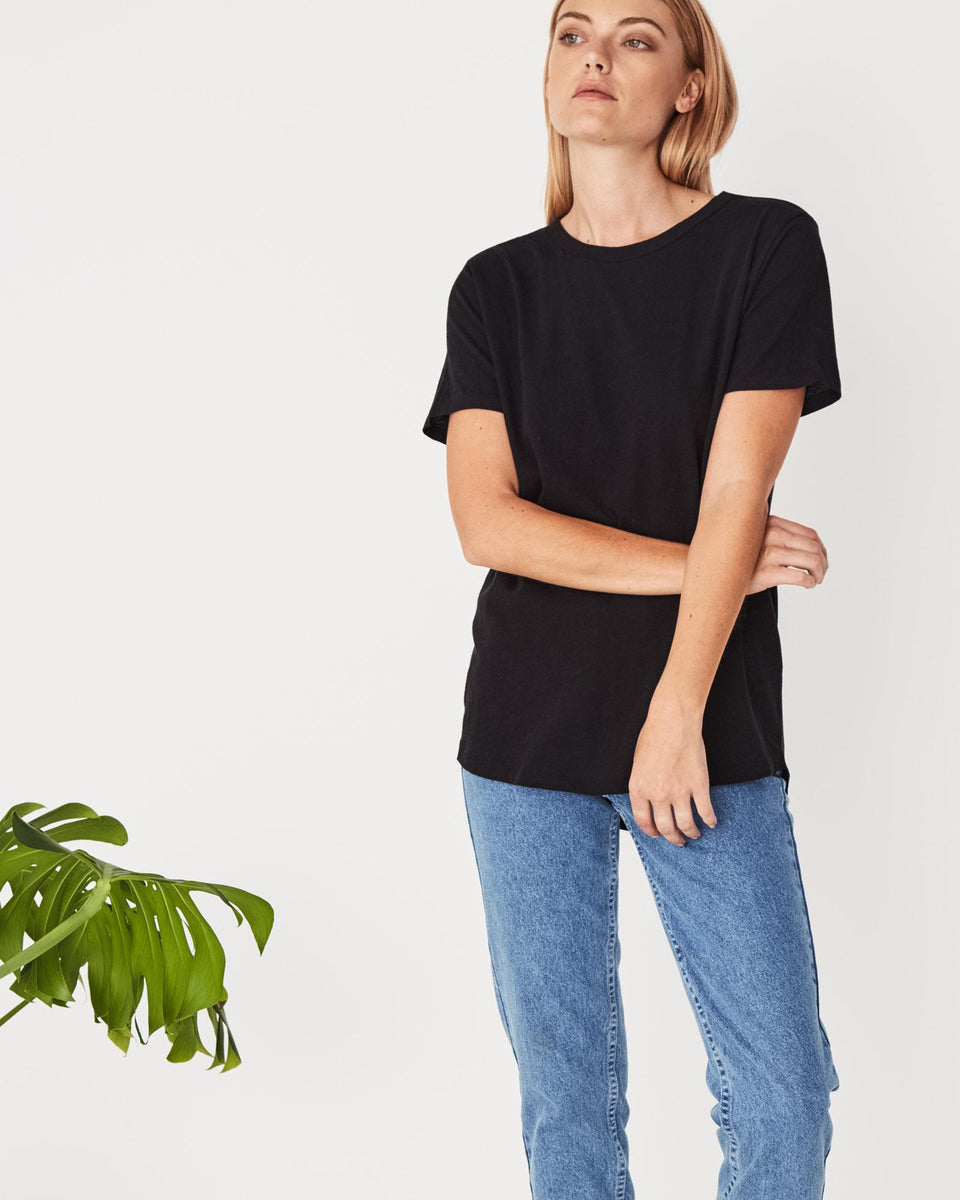Everyday Tee Black - Saint Street