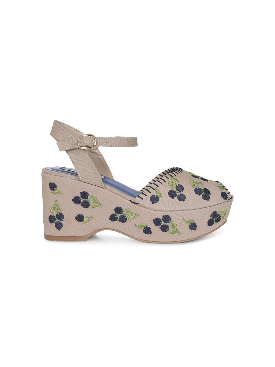 EMMA BLUEBERRY WEDGE