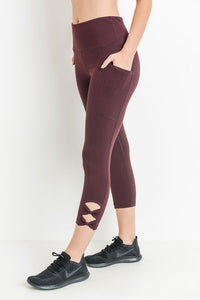 High Waisted Bow Accent Capri Leggings - with Pockets