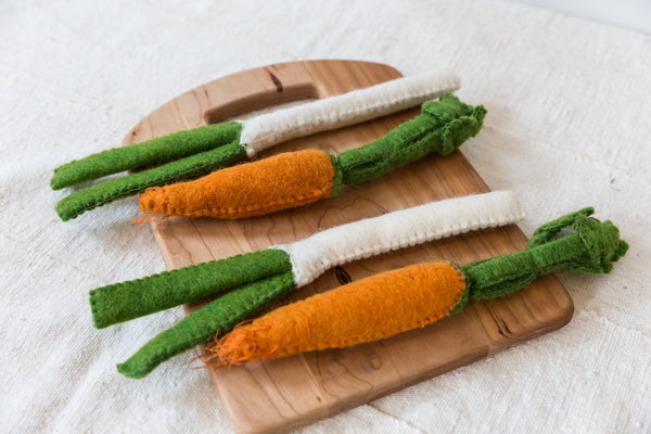 Felt Dutch Carrots