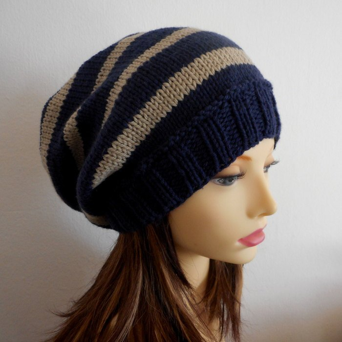 Girls College Colors Striped Slouch Beanie KNITTING PATTERN FALL ...