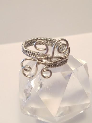 Innovated Visions Jewelry Ring DOUBLE HEART WIRE WRAPPED RING