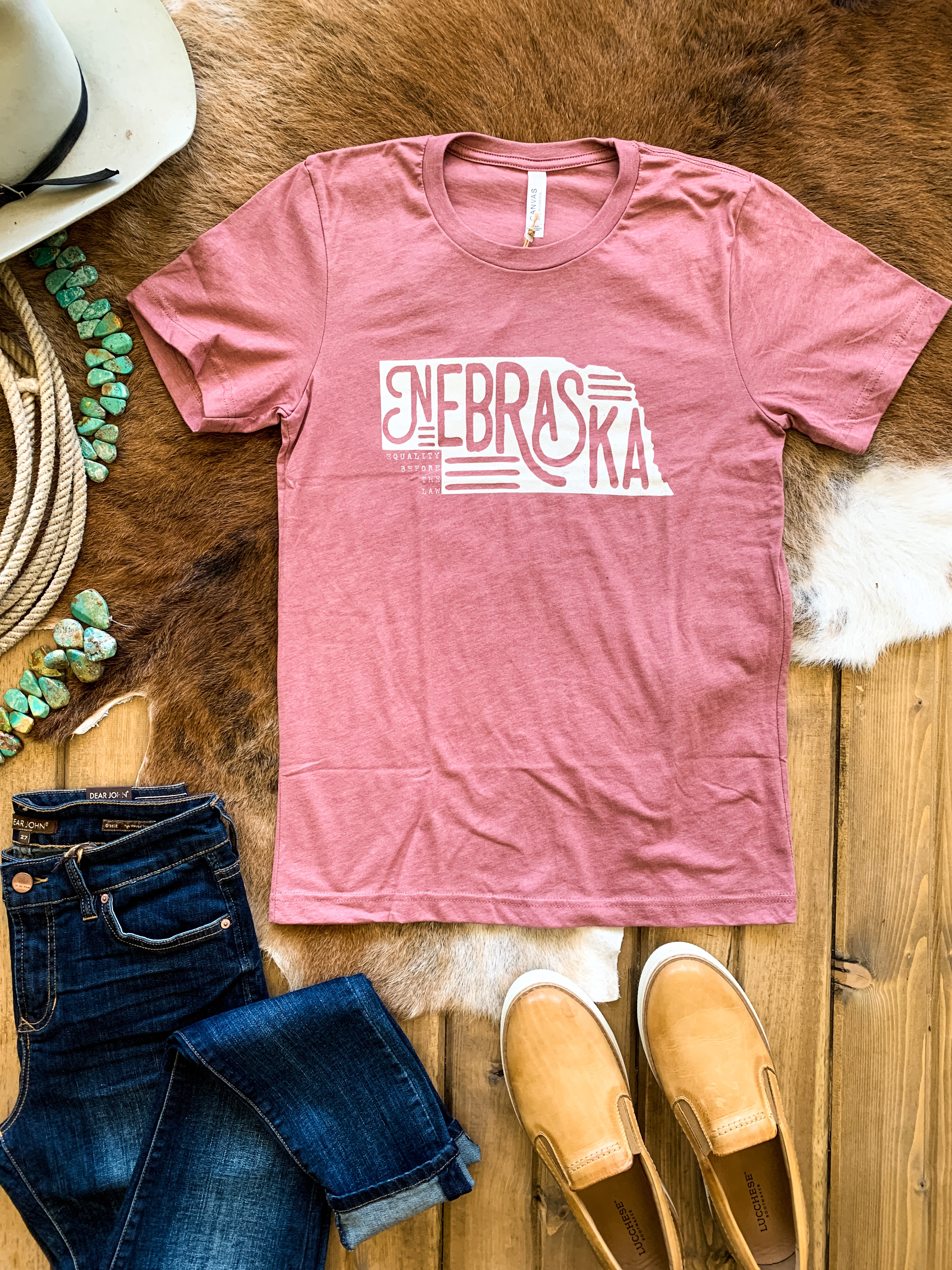 Heather Mauve Nebraska State Outline Tee