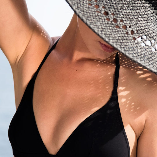 The Black Bikini Statice - 36 /