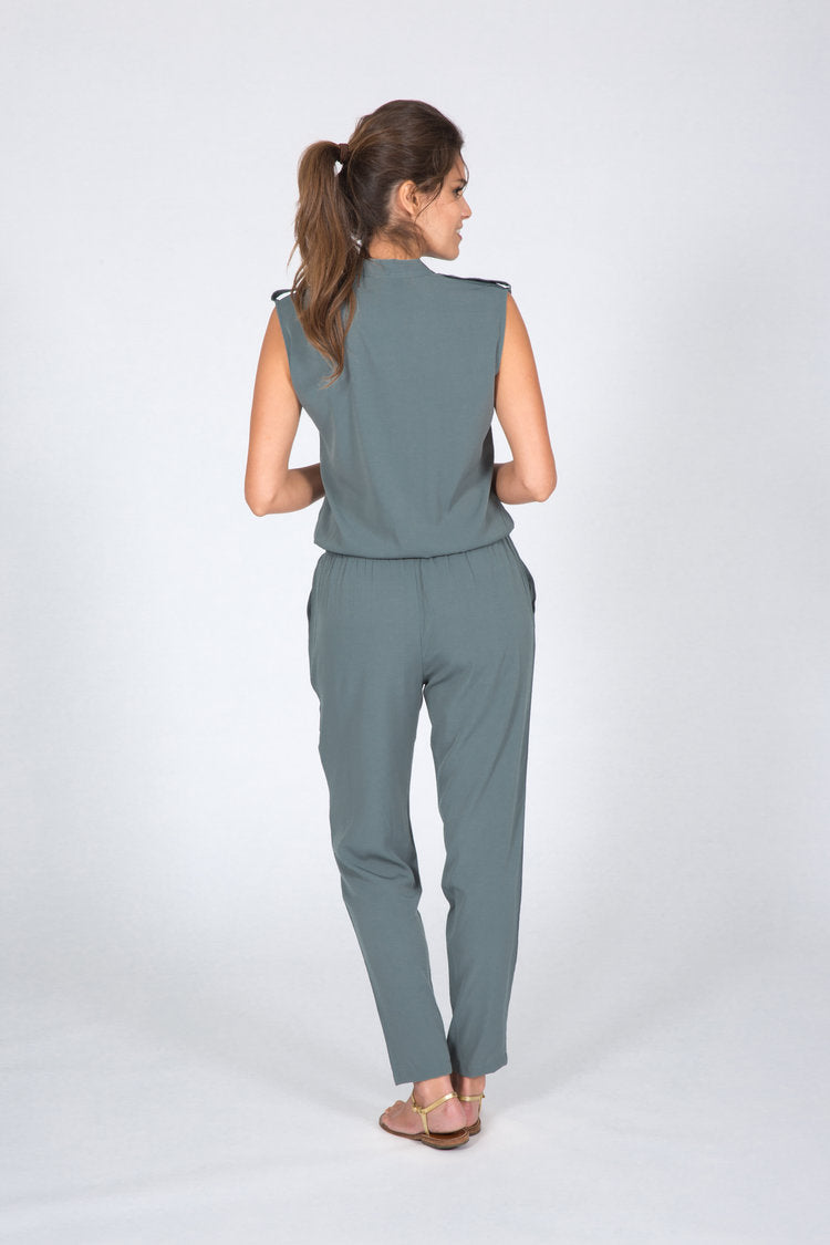 sleevless jumpsuit grey army