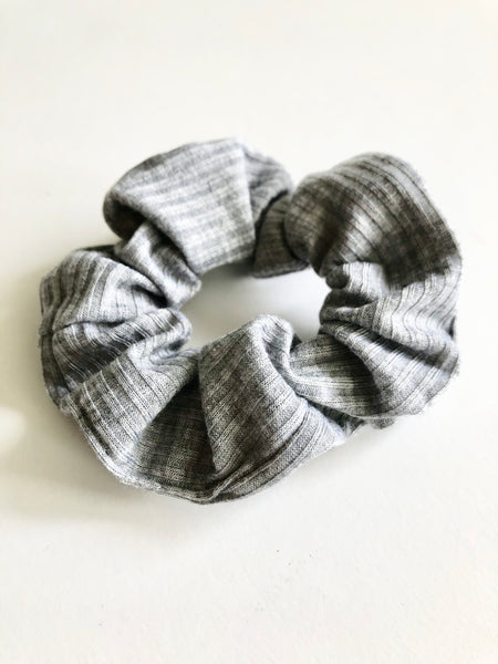Mary grey ribbed scrunchie - Copper Lake