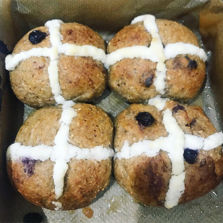 4 x Keto Hot Cross Buns Blueberry Hotcross Buns Low Carb - The Low Carb & Keto Bakery UK
