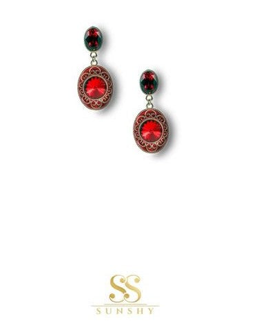 Sculpted Vintage Art Red Earrings