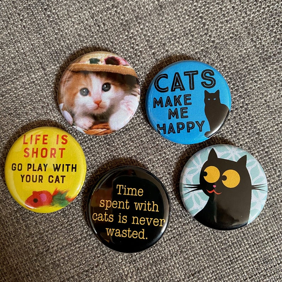 CAT LOVER badge set