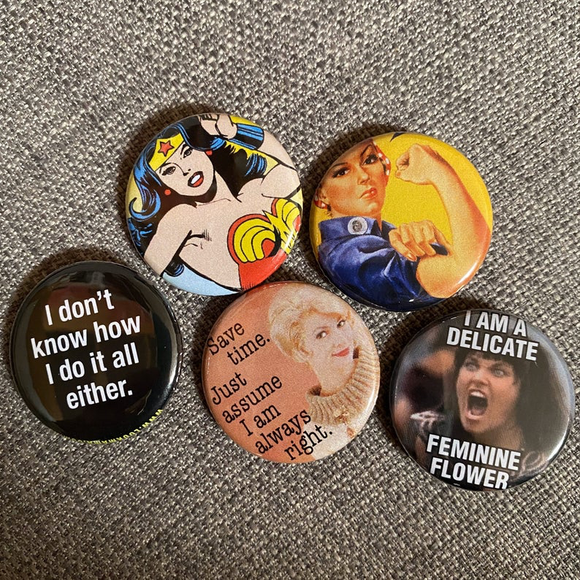GIRL POWER mini badge set
