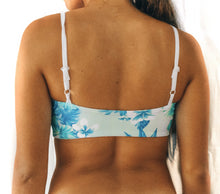 Load image into Gallery viewer, Blue Pedals Reversible Top ~ Dory