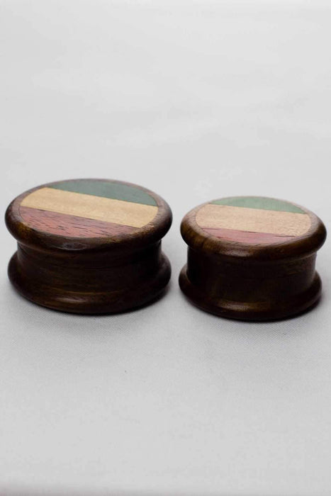 Flag painted 2 parts wooden grinder - One wholesale Canada