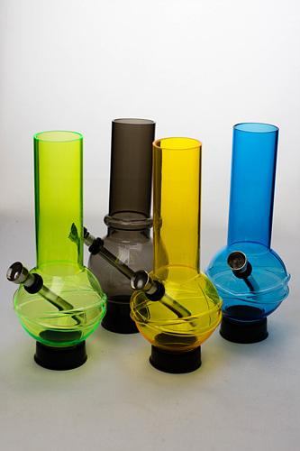 Silicone Glow in the dark Gas Mask bong - One wholesale Canada