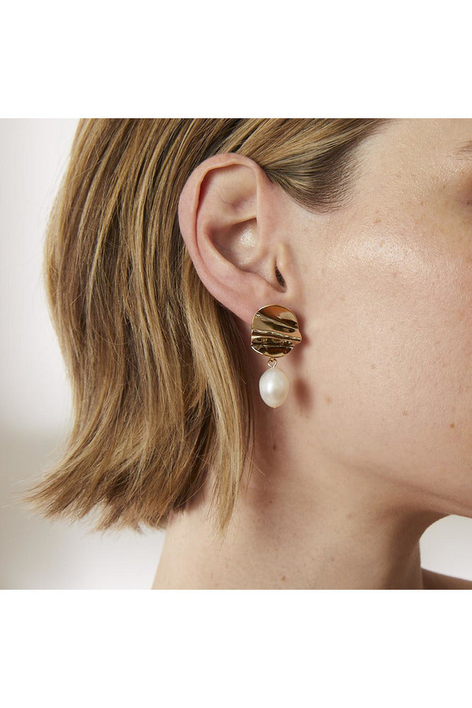 Rent Jolie & Deen Paloma Earrings (Gold)