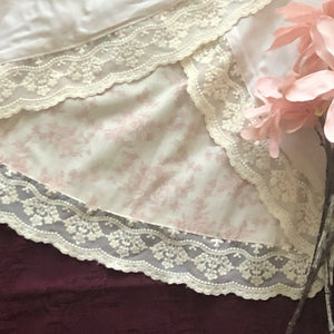 Vulcano Reversible Skirt in Vintage Blush Floral and Vanilla