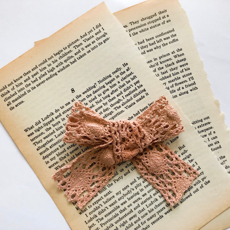 Mellieha bow in rose pink - Lace Handmade bow