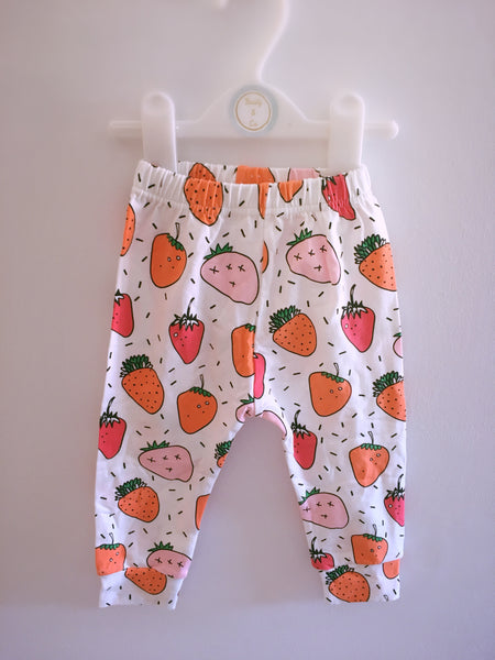 Sweet Strawberry Leggings