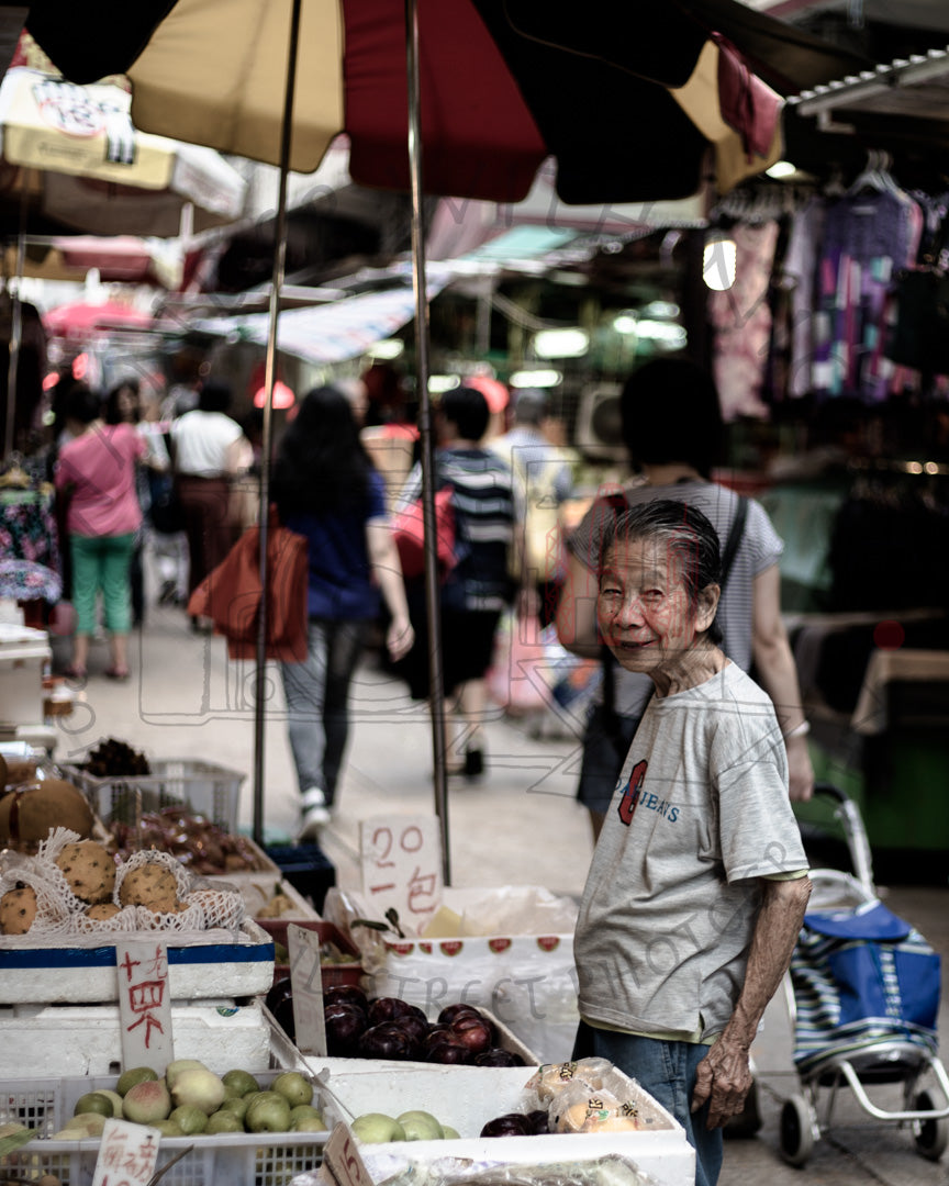 Market Lady | Photographic Print