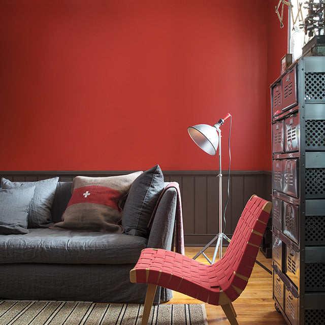 King's Red paint color on living room walls