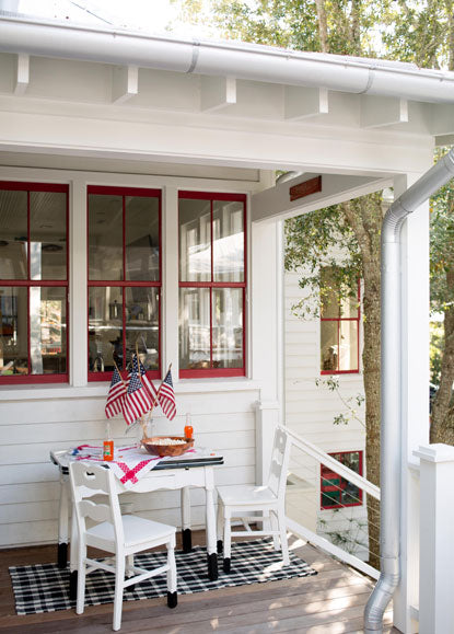 Red paint color on outside window trim