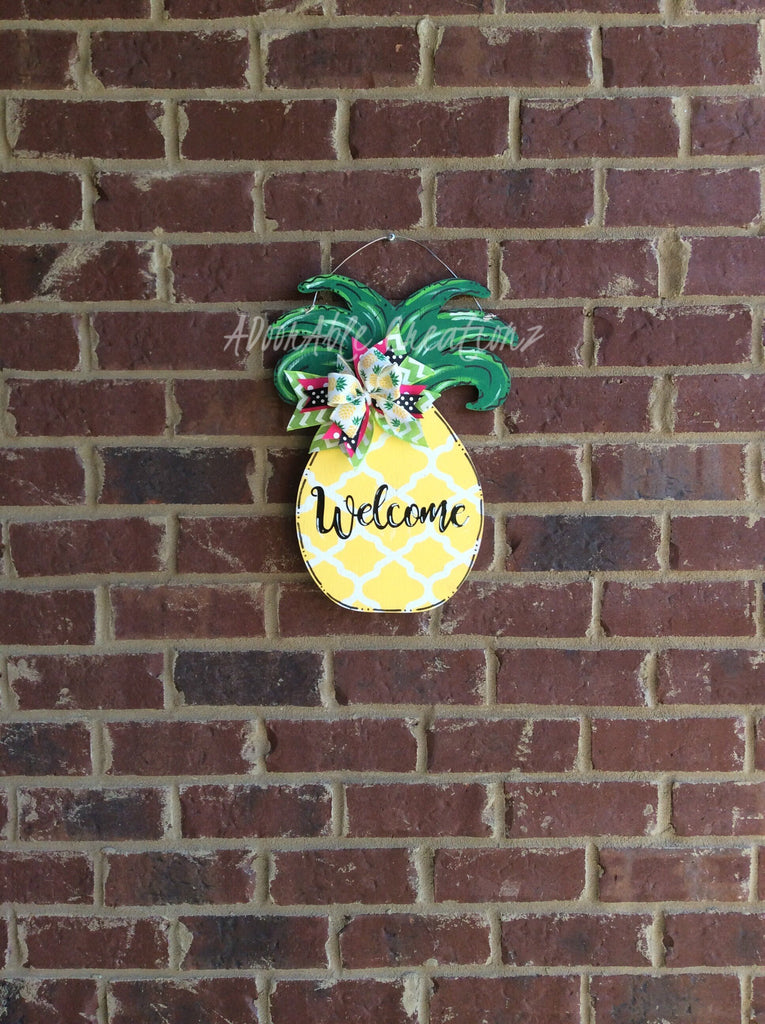Quatrefoil Pineapple Door Hanger - Simply Adorable Creations